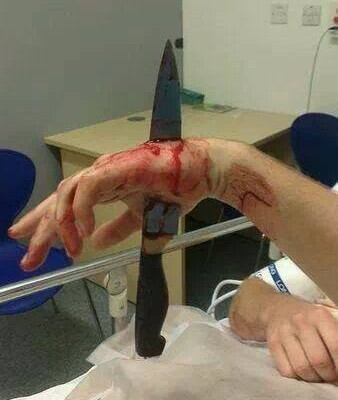 how not to use a knife.