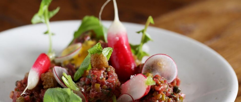 Social Eating House @Socialeathouse  · A strikingly vibrant starter of Smoked Black Angus Tartare, tempting?