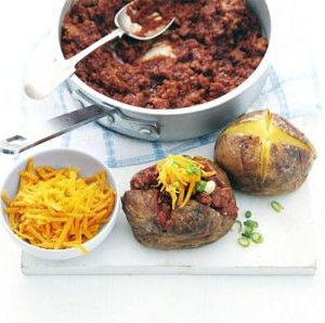 turkey chilli jacket potatos